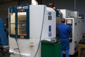 Kiwa CNC machine